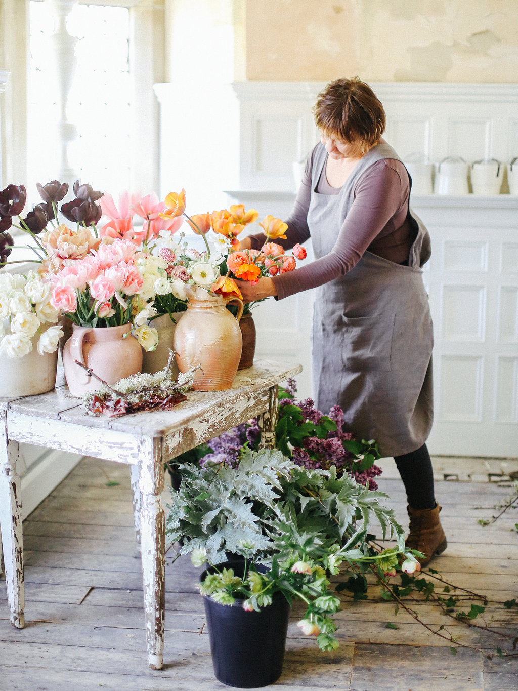 Fiona demonstrating with spring flowers