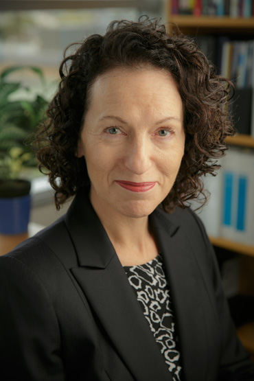 <p><strong>Helen Ackland</strong>Senior Clinical Research Fellow.<a href=/helen-ackland>More →</a></p>