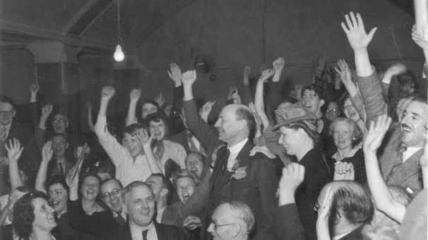 The_Spirit_of_45_Dogwoof_Clem_Attlee_Labour_Party_Victory_Night_1945_copyright_People's_History_Museum_607_600_85.jpg