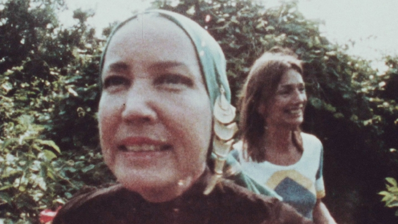 TS 18 Lee Radziwill and Edith Bouvier Beale.jpg