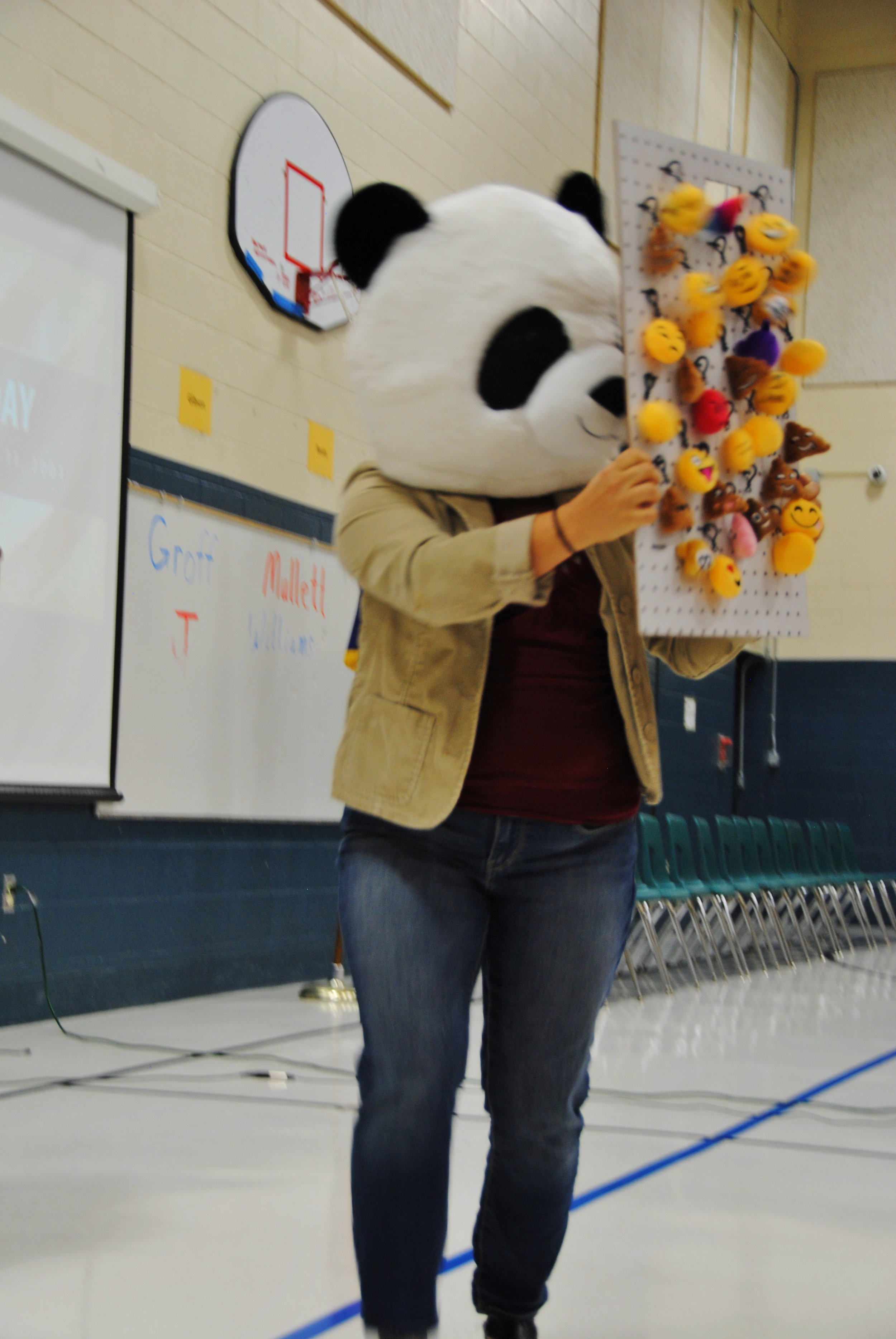 Have a Prize Panda display your individual incentives at your Kick-Off Assembly!