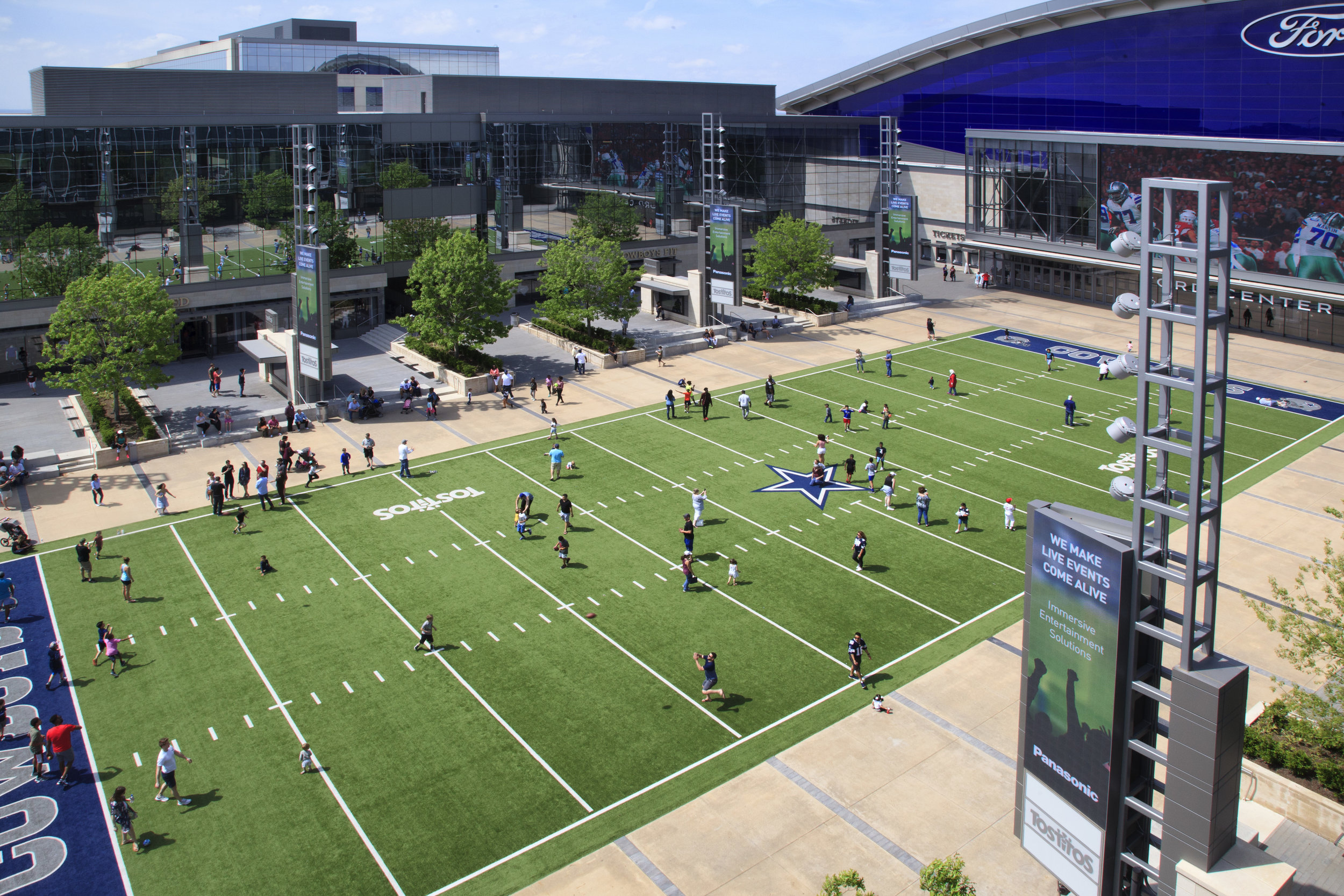 Star in Frisco Ι Cowboys  World Headquarters