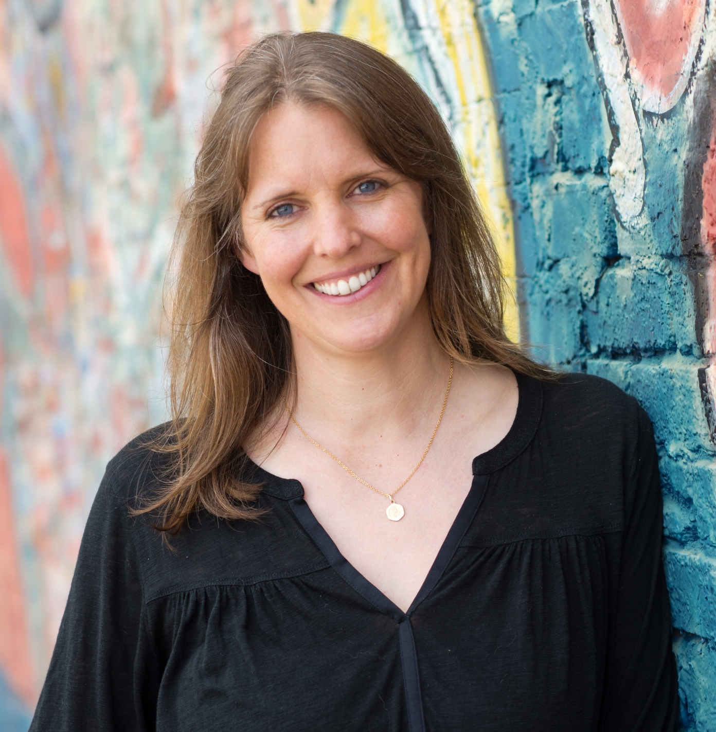 Carolyn Perna