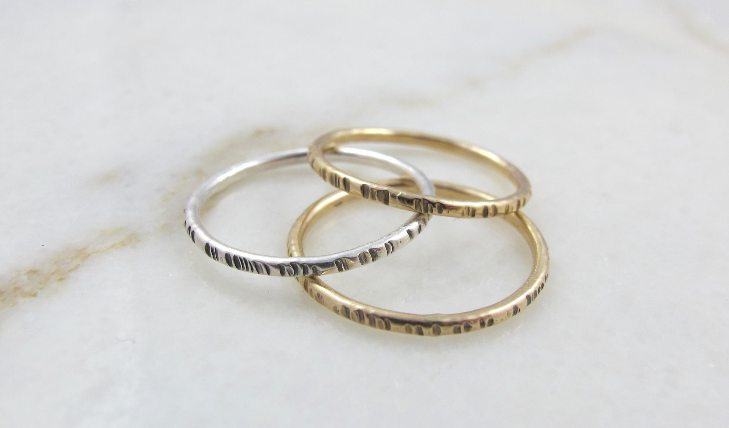 Notch stacking rings