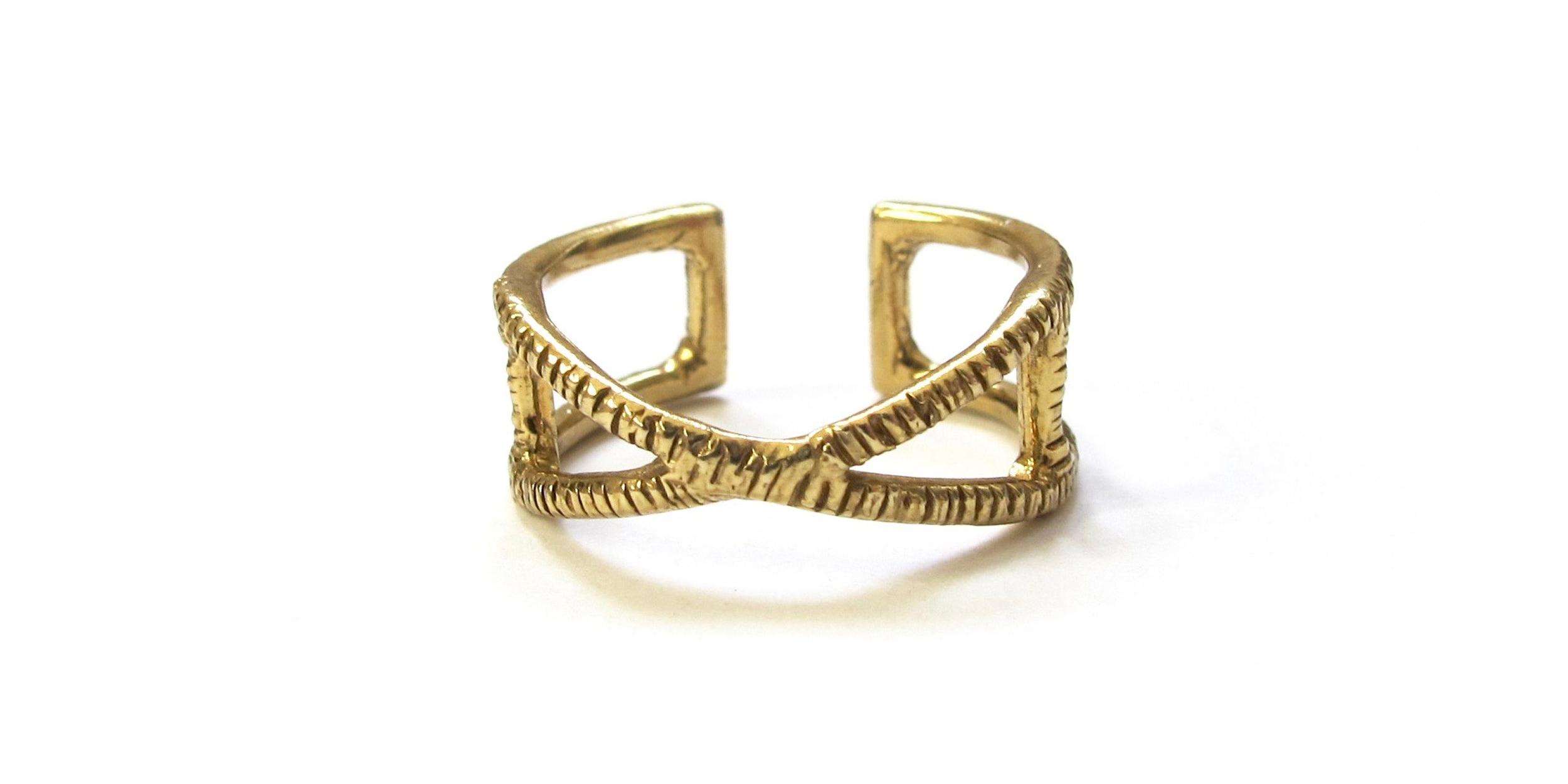 Emblem ring