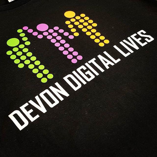 A four colour screen print on front and one on each sleeve #tshirt #tshirtprinting #lloydbanks #devoncountycouncil #exeter #devon #roarclothinguk