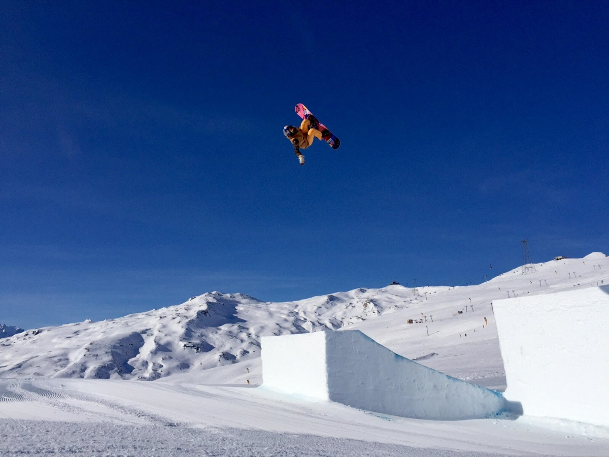 The jumps in LAAX = Perfect. Here's a shot of my Backside Rodeo 5.
