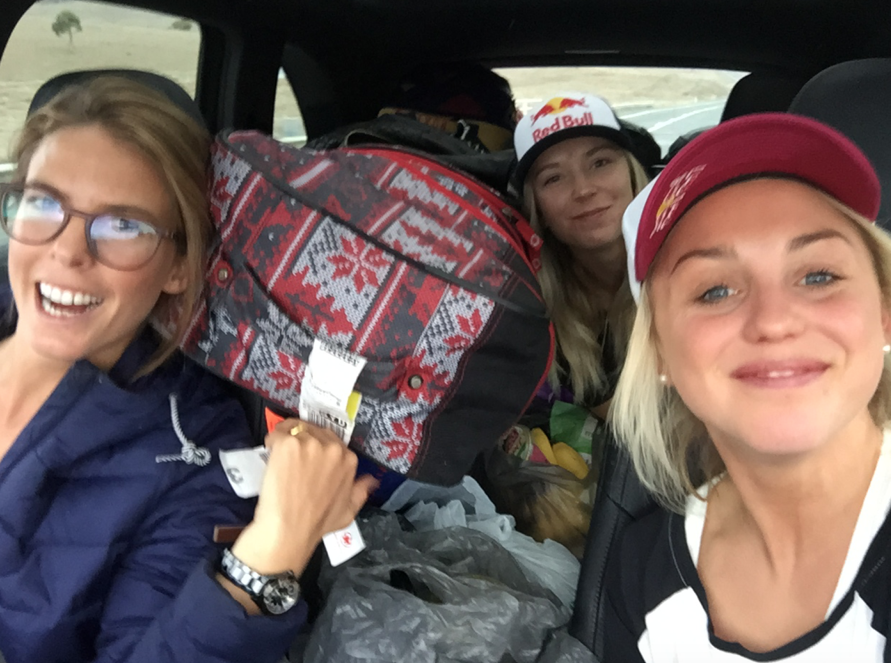 Roxy road trip Crew. Torah Bright + Dara Howell.