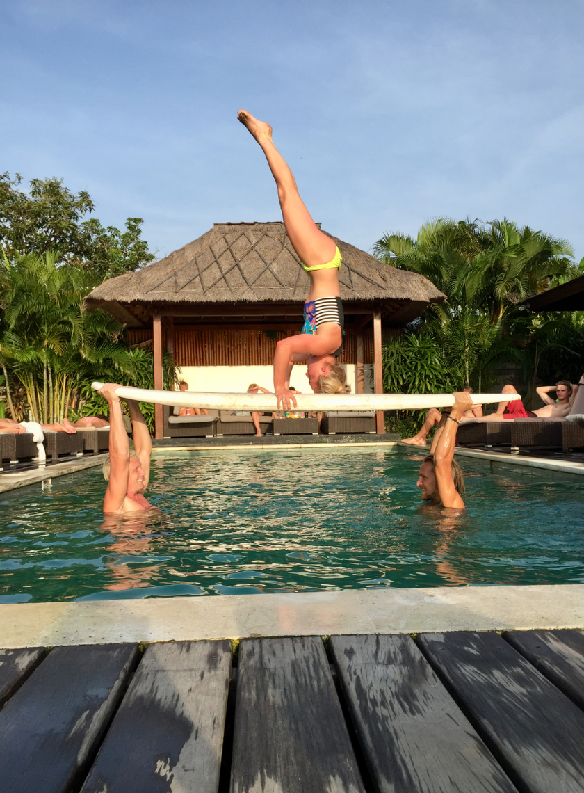 Working on that headstand poolside w/ the La Point squad.