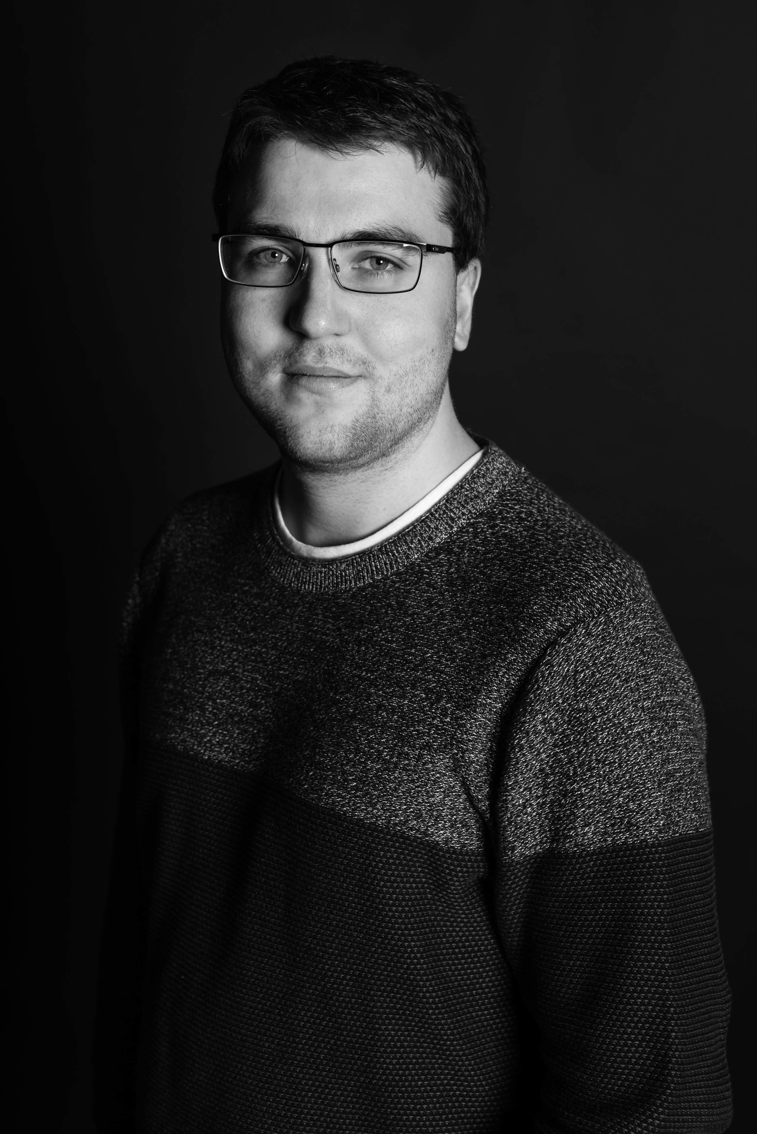 Oliver Webster Headshot.jpg