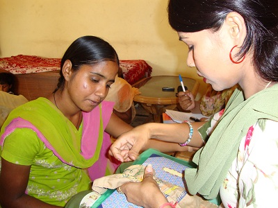 embroidery_classes_-_outreach_programme.jpg