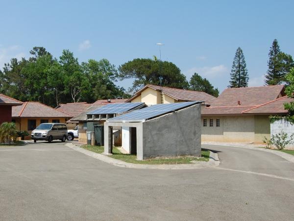 construction solar pannels 1.jpg