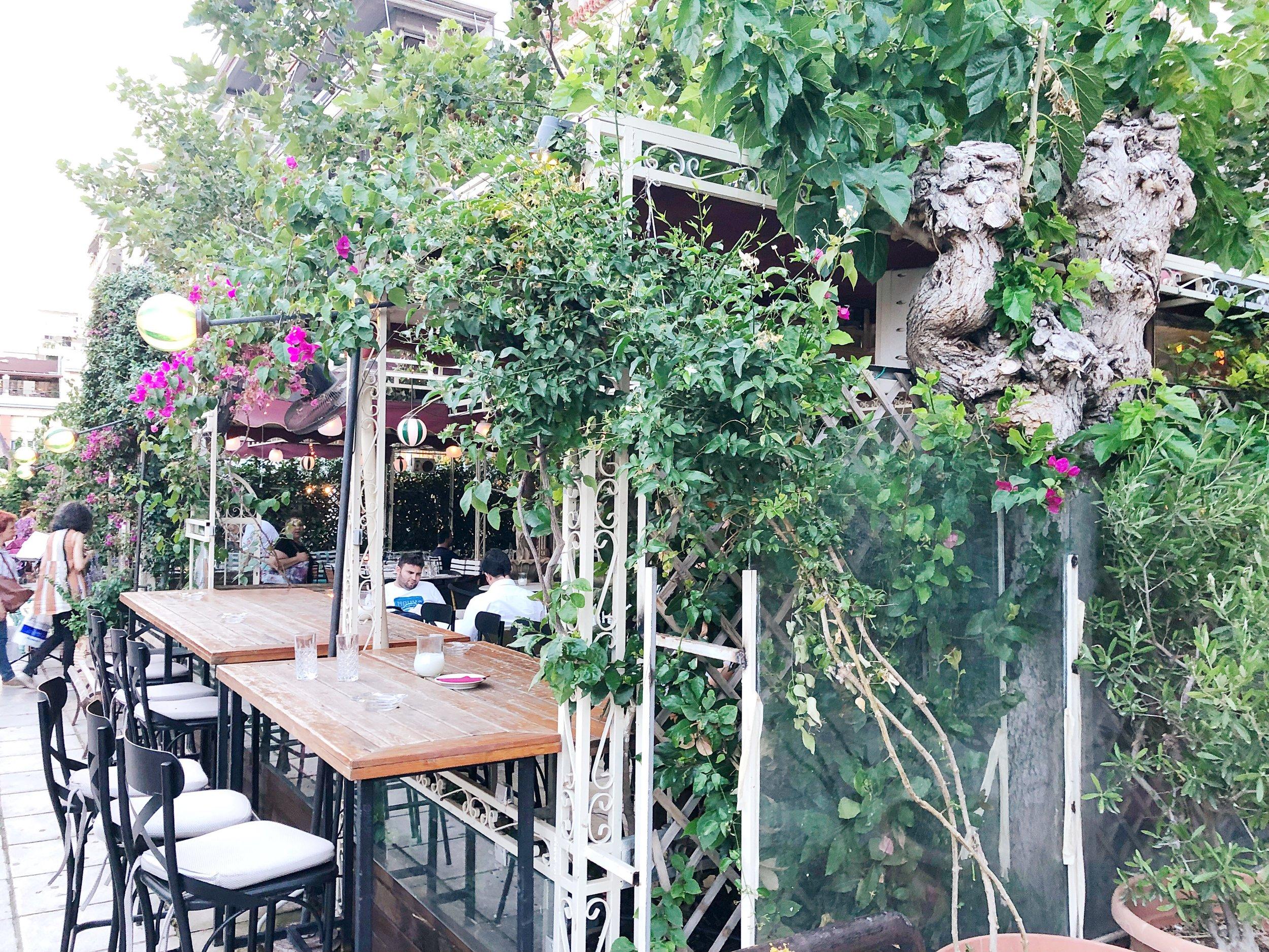 Finding a fun restaurant in Piraeus.