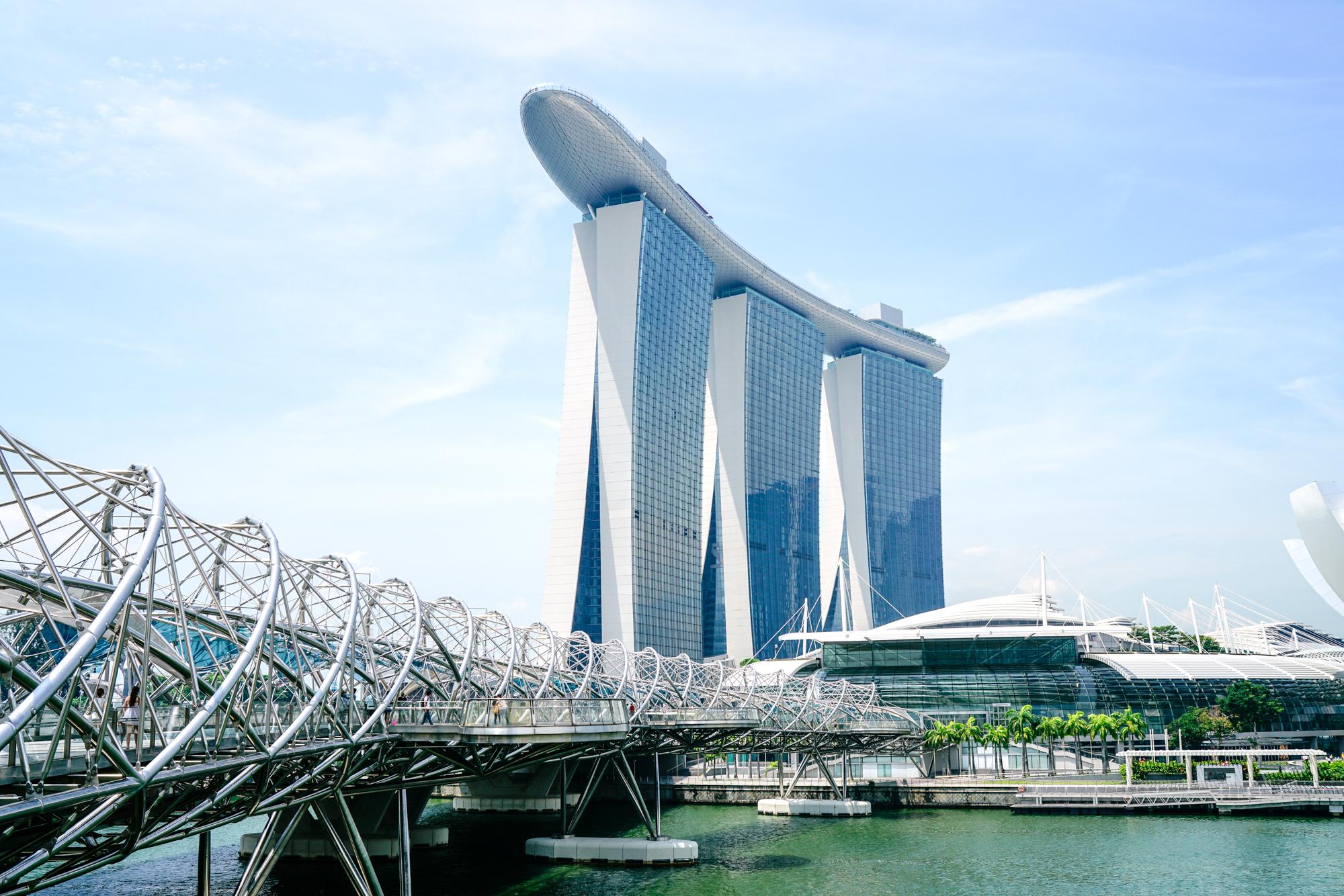 Helix Bridge Marina Bay