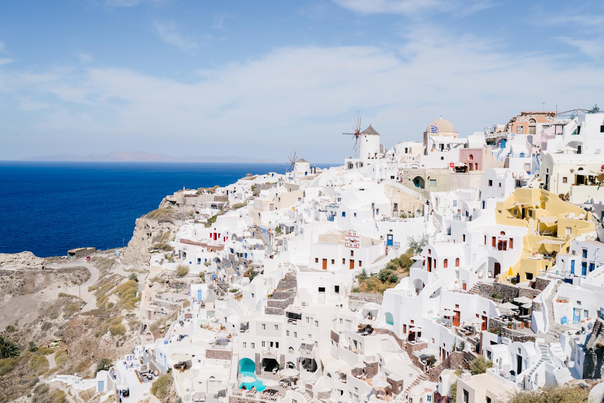 Classic postcard worthy views of Oia, Santorini