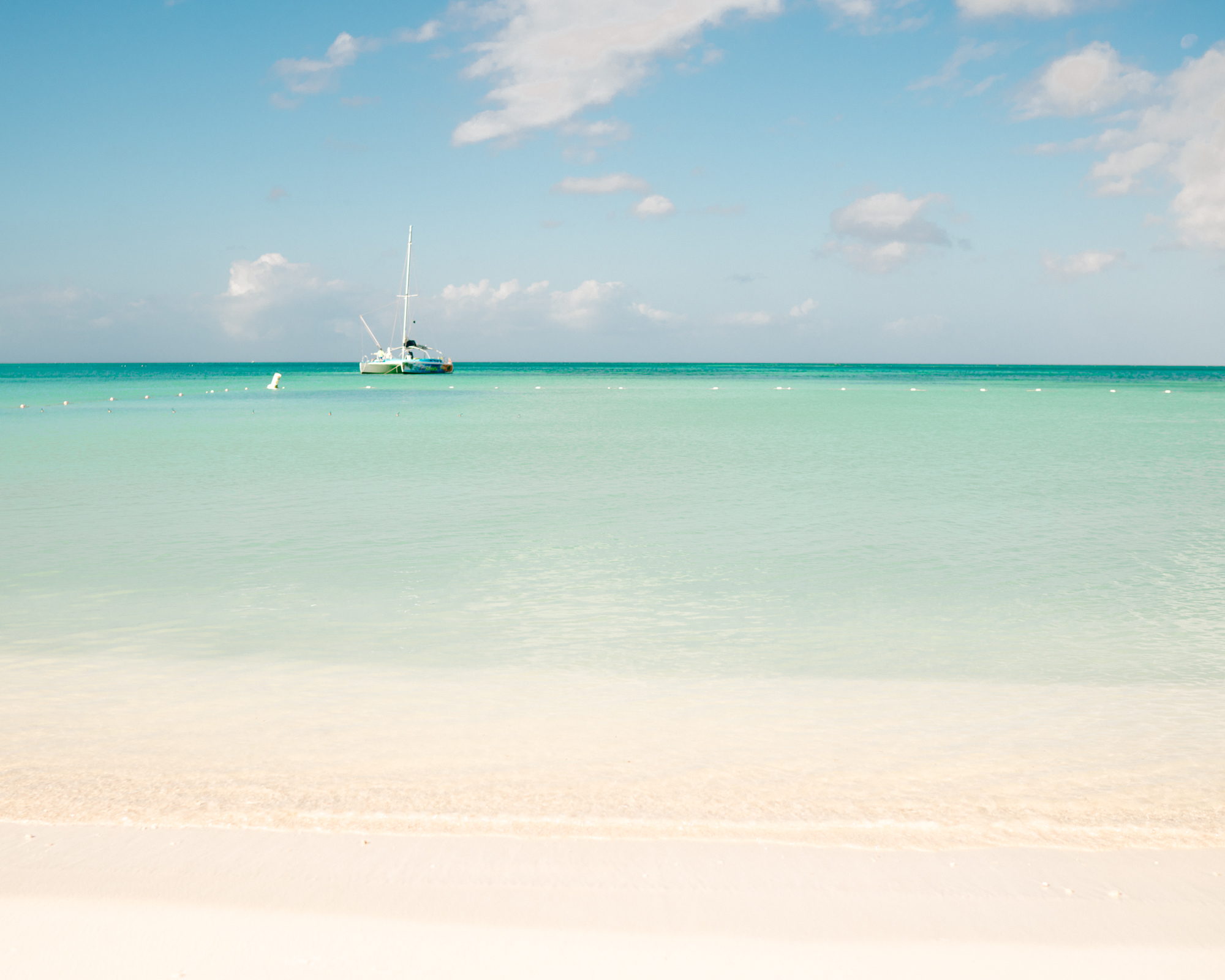 How to Travel to Aruba on a Budget