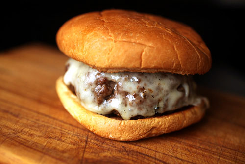 Click image to view burger shaping tips from  Serious Eats