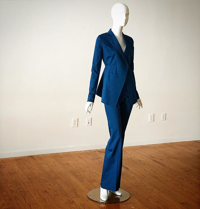 Hello, Gorgeous. #welovethis #womenssuiting #powersuit #excitingthingshappeningoverhere #hemmerdesign #thisisotr #cincymade