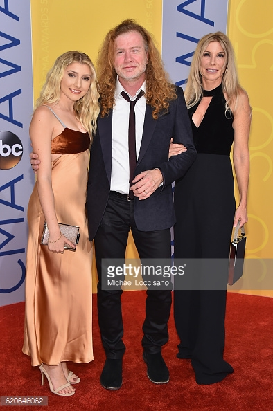 Electra Mustaine  escorted by  Dave Mustaine  & Pam Mustaine -  CMA Awards 50  Red Carpet in Nashville
