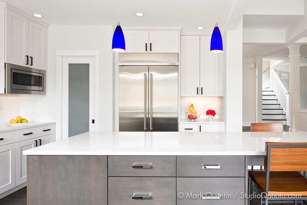 Kitchen.Island-Fridge.Vignette.2._©MQ-StudioQphoto.com.jpg