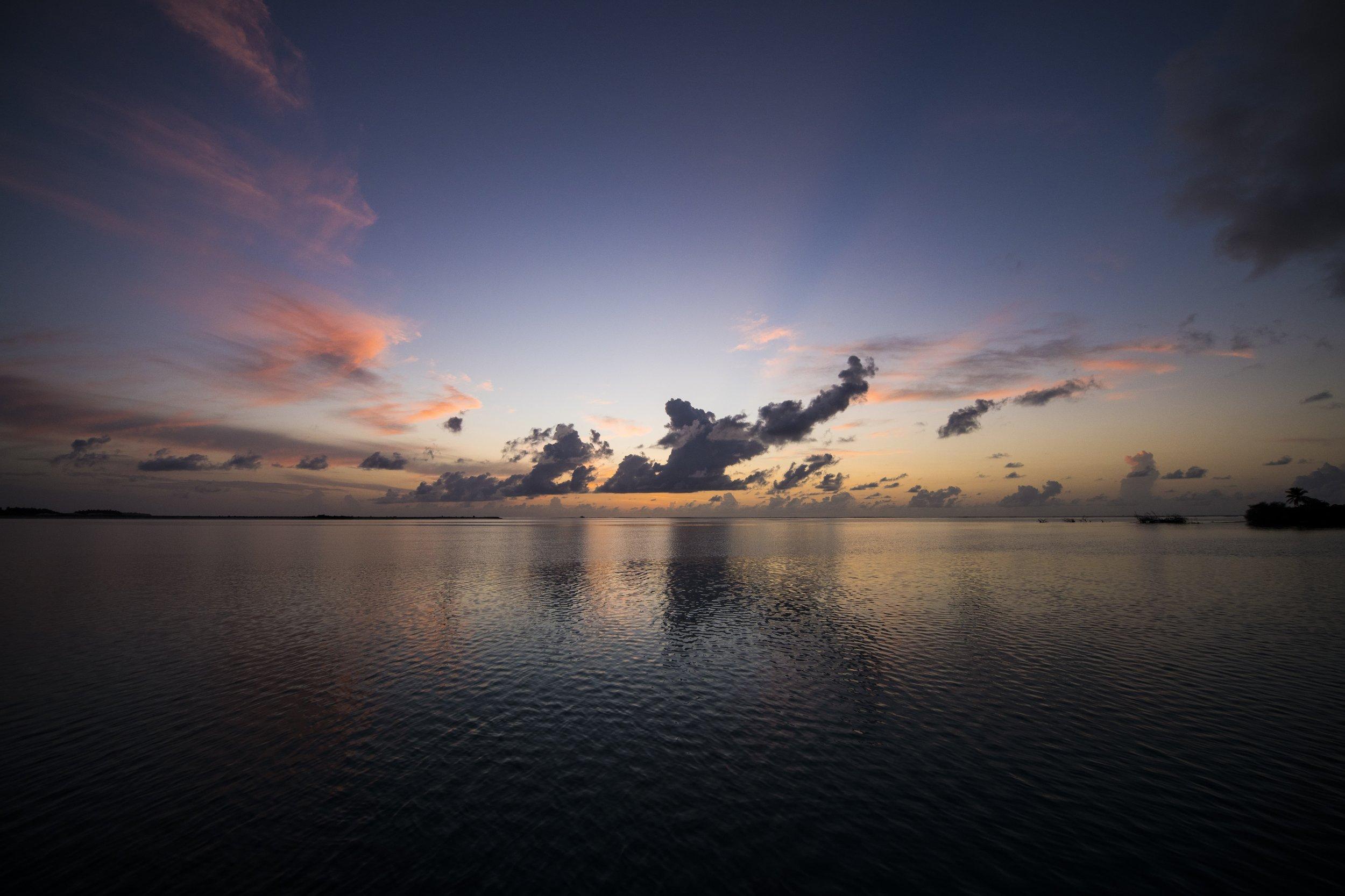 AFP_7521_sunrise.jpg