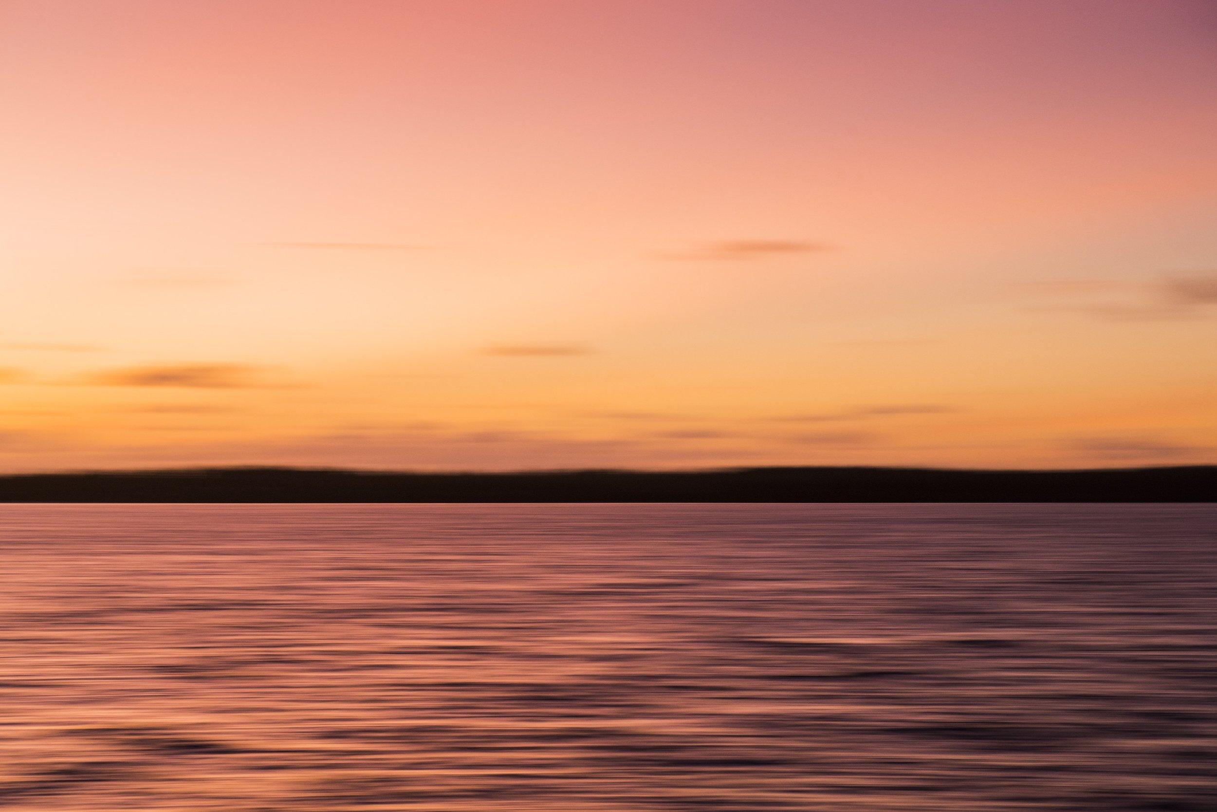 AFP_4071_sunriseblur.jpg