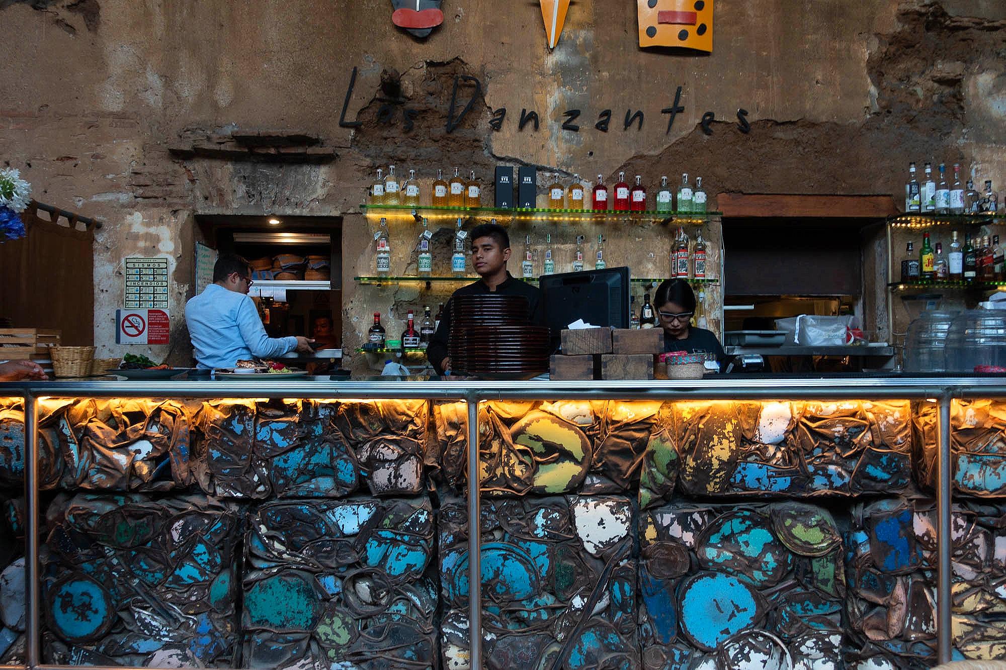 Cafe Los Danzantes Bar