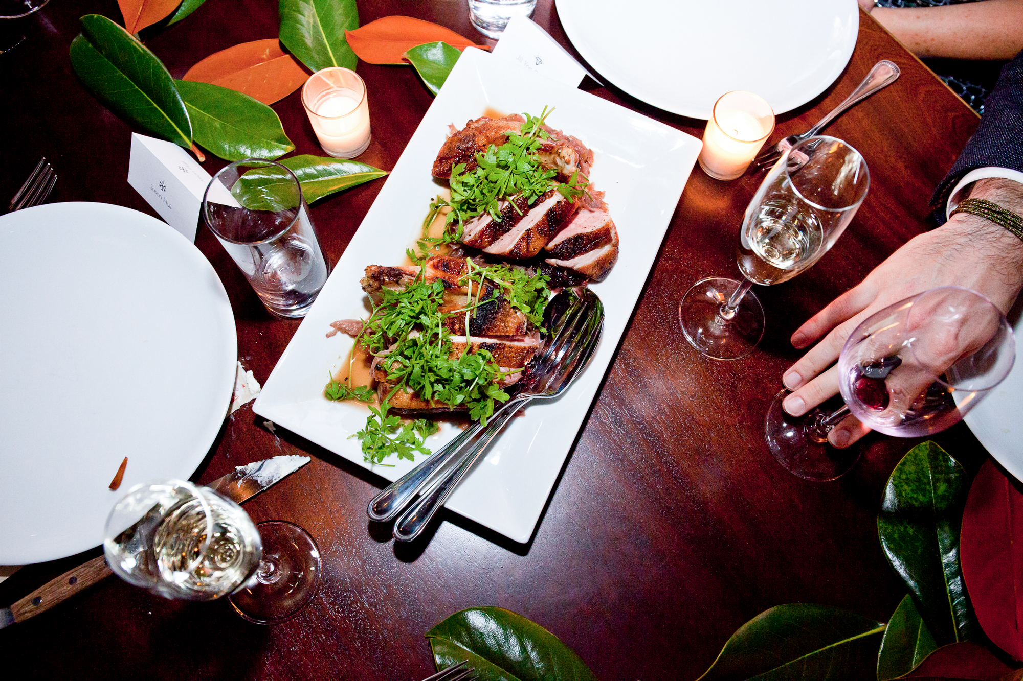 014_CarlyGaebe_SteadfastStudio_WeddingPhotography_NewYorkCity_Brooklyn_WytheHotel_Retro_Beef_TableDecor_Dinner.jpg