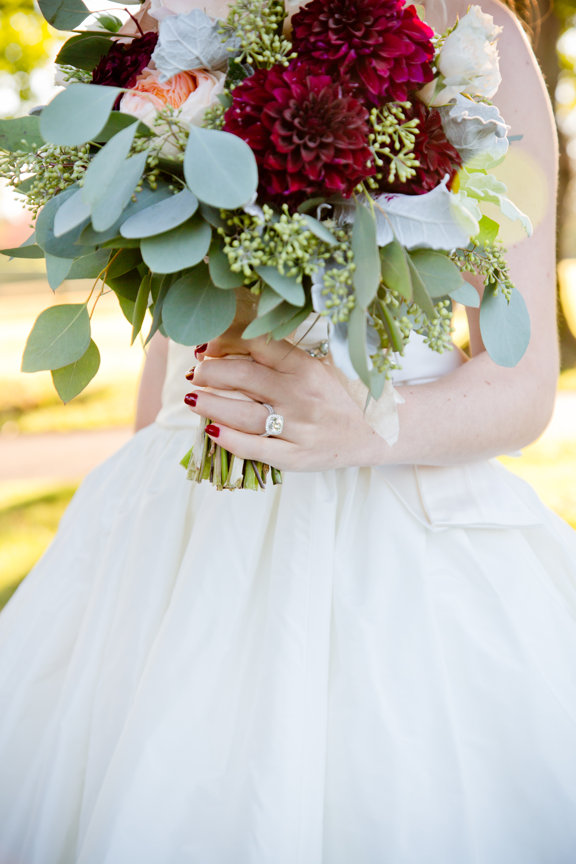 036_CarlyGaebe_SteadfastStudio_WeddingPhotography_Readyluck_Baltimore_Outdoors_HorseFarm_Fall_Bride_Bouquet_Floral_Ring_Diamond.jpg