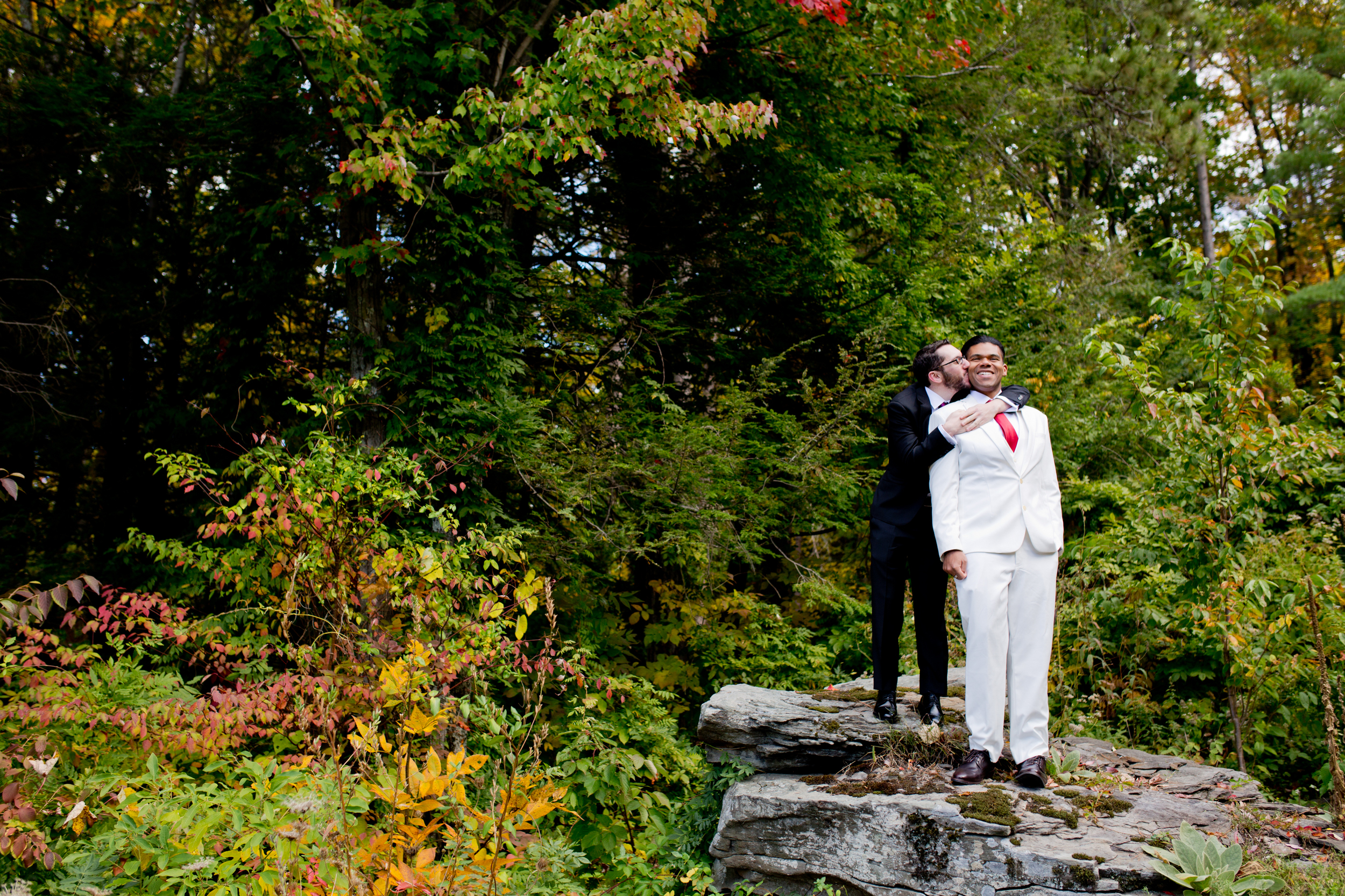 041_CarlyGaebe_SteadfastStudio_WeddingPhotography_Fall_Autumn_Foliage_UpstateNewYork_Gay_Biracial_OnteoraMountainHouse_HudsonValley_Grooms_Rustic.jpg