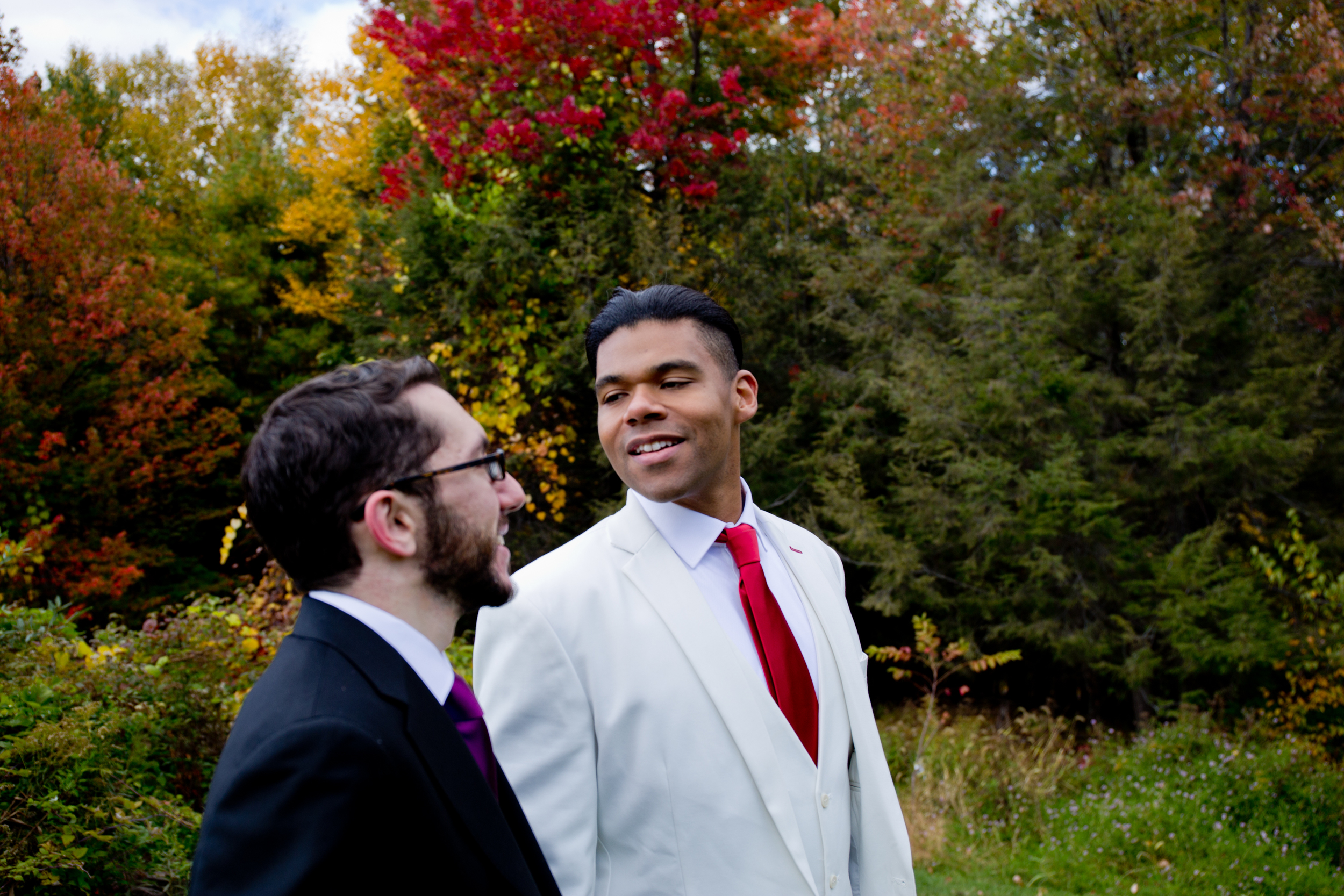 046_CarlyGaebe_SteadfastStudio_WeddingPhotography_Fall_Autumn_Foliage_UpstateNewYork_Gay_Biracial_OnteoraMountainHouse_HudsonValley_Grooms_Rustic.jpg