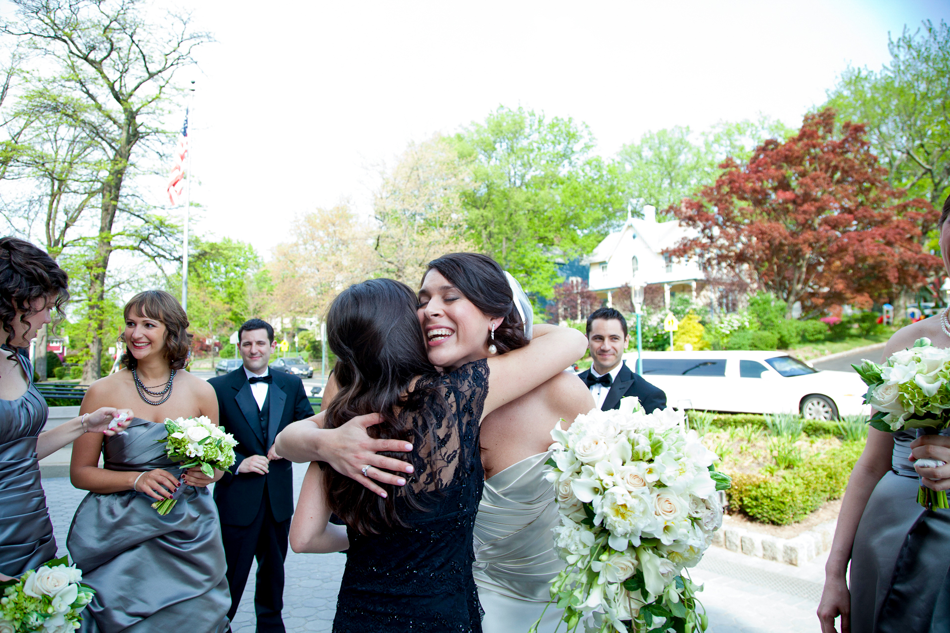 084_CarlyGaebe_SteadfastStudio_WeddingPhotography_Church_NewJersey_Bride_Bouquet_Bridesmades.jpg