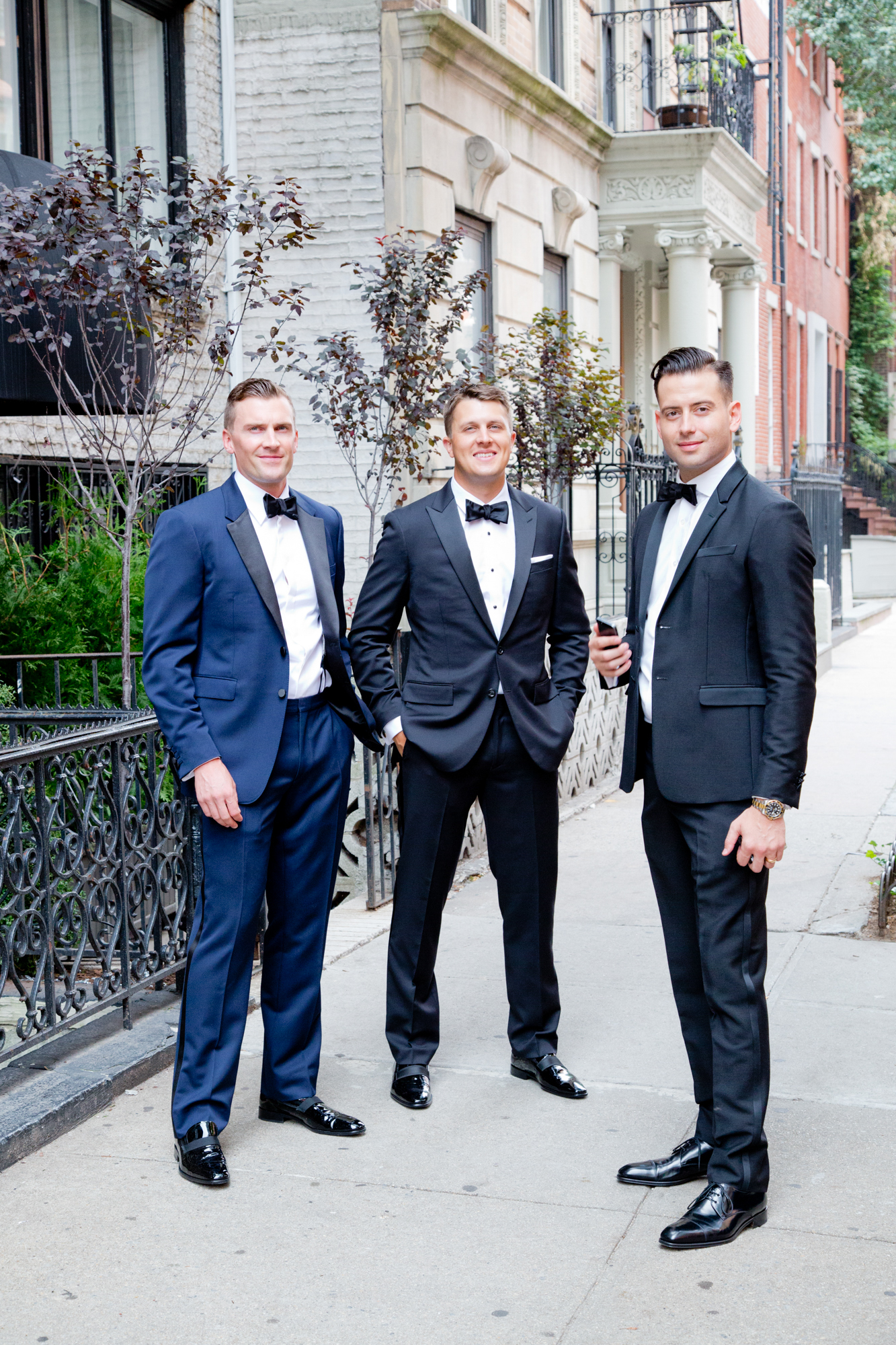 101_CarlyGaebe_SteadfastStudio_WeddingPhotography_Readyluck_NewYorkCity_Manhattan_WestVillage_Groomsmen_Suits.jpg