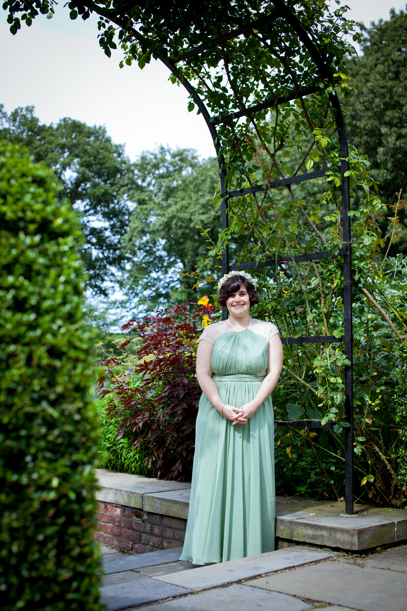 112_CarlyGaebe_SteadfastStudio_WeddingPhotography_NewYorkCity_CentralPark_ConservatoryGarden_ColorfulDress_Bouquet_Bride_Foliage.jpg