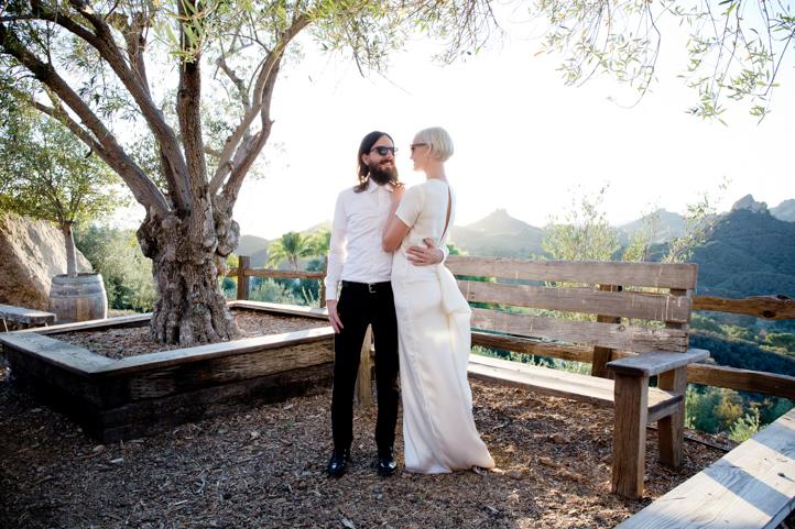 08__CarlyGaebe_SteadfastStudio_WeddingPhotography_Malibu_LosAngeles_LA_California_Winery_Hilltop_CieloFarms_Vineyard.jpg