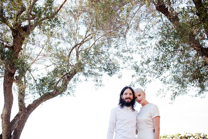 10__CarlyGaebe_SteadfastStudio_WeddingPhotography_Malibu_LosAngeles_LA_California_Winery_Hilltop_CieloFarms_Vineyard.jpg