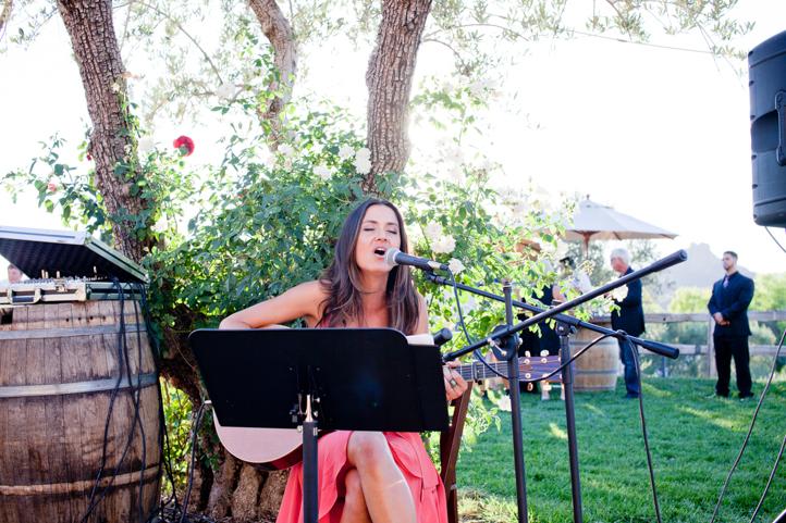 36__CarlyGaebe_SteadfastStudio_WeddingPhotography_Malibu_LosAngeles_LA_California_Winery_Hilltop_CieloFarms_Vineyard.jpg