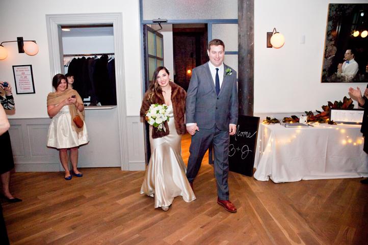 049_CarlyGaebe_SteadfastStudio_WeddingPhotography_NewYorkCity_Brooklyn_WytheHotel_Retro.jpg