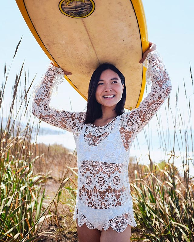 Any morning that starts with #surfing is automatically better! @ansawoo wearing @lululemon  photographed with @fujifilmx_us #x100f #myfujifilmlegacy . . . . . @prestigiousmodels  #lifestyle #athleisure #active #lifestylephotographer #portrait #portraitphotographer #losangelesportraitphotographer #commercialphotographer #commercialphotography #Athlete #sports #fitness #fitlife #inspiration #surflife #beachlife #thesweatlife #athletic #outdoors #beachlifestyle #asianmodel #asianbeauty #malibu