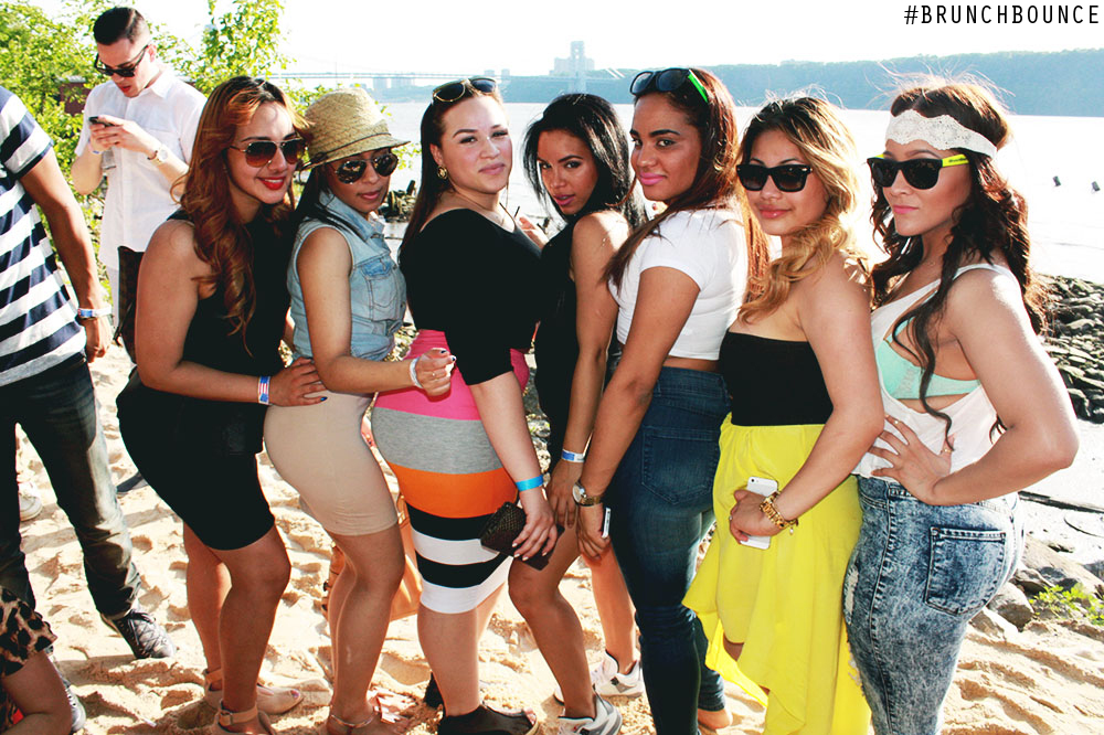 brunch-bounce-beach-party--la-marina-52713_8882289707_o.jpg