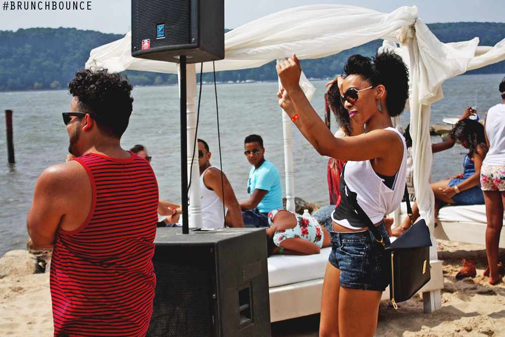brunch-bounce-at-la-marina-72013_9490484384_o.png