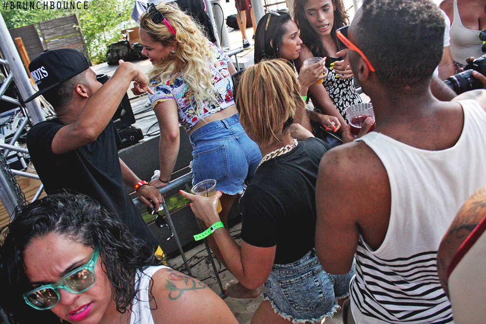 brunch-bounce-at-la-marina-72013_9487735833_o.png