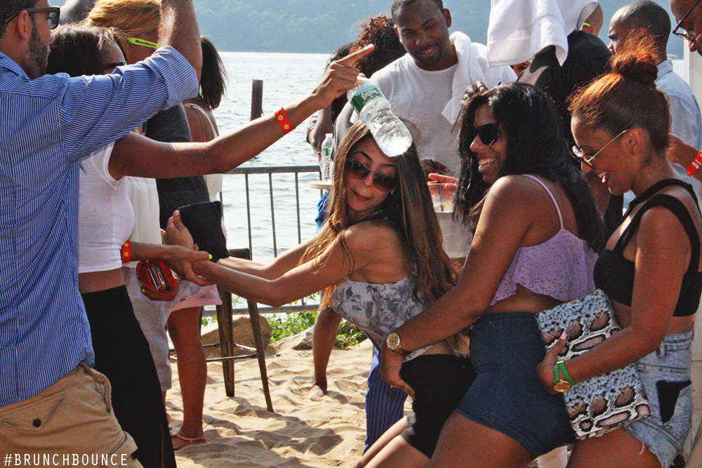 brunch-bounce-at-la-marina-72013_9487843777_o.png