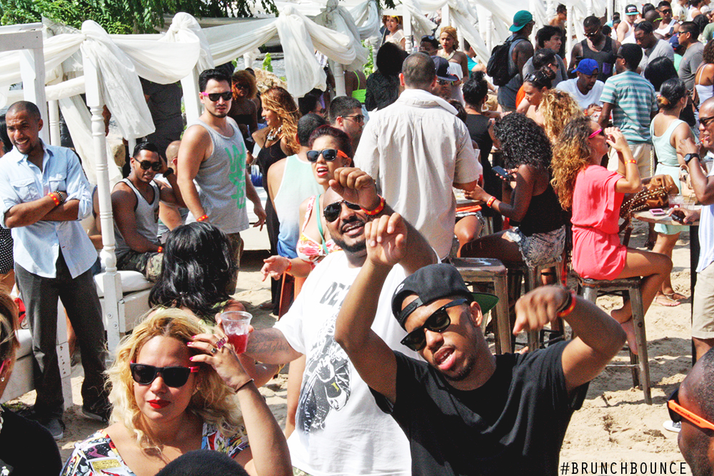 brunch-bounce-at-la-marina-72013_9487867519_o.png