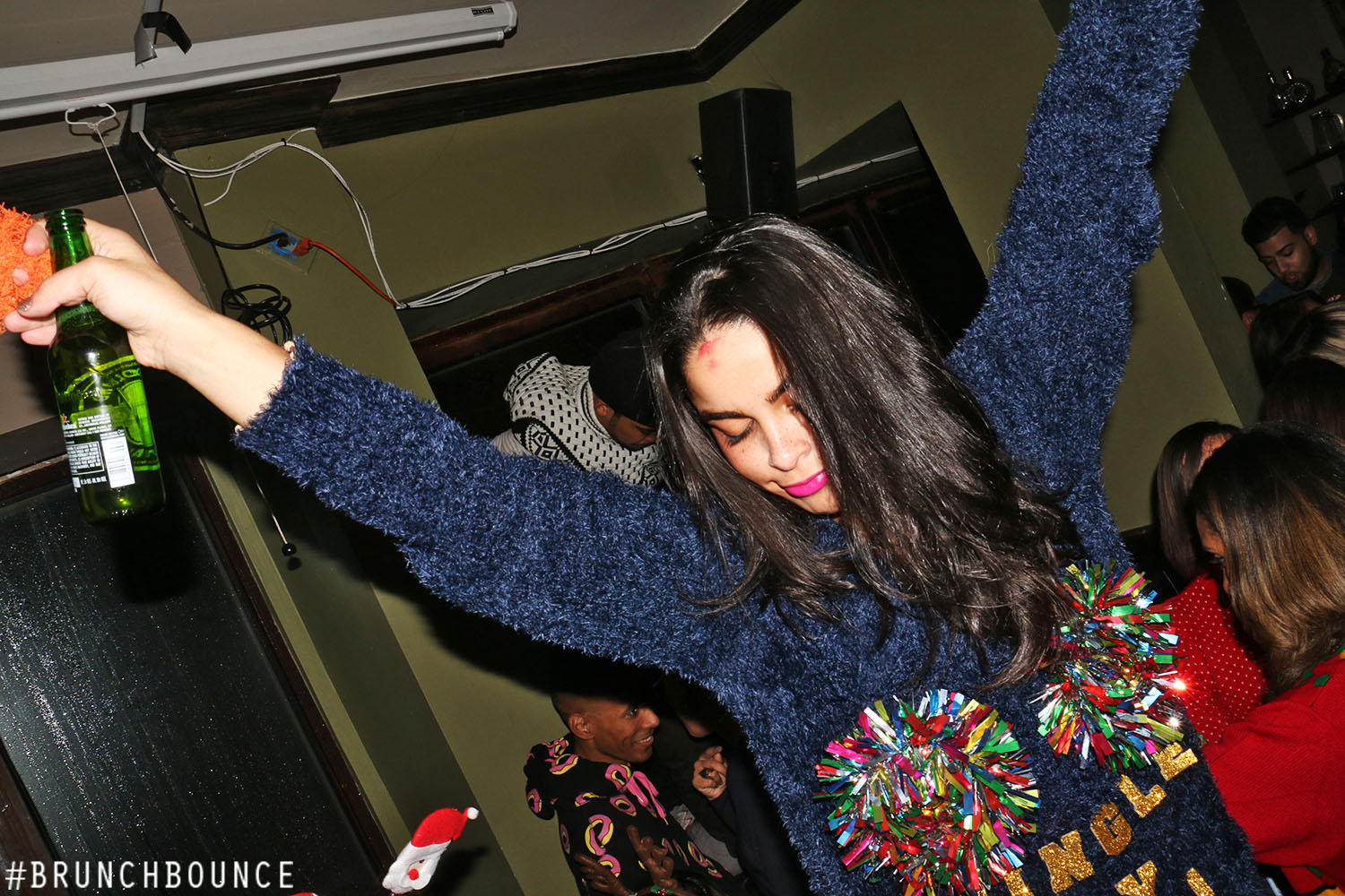 brunchbounce-ugly-christmas-sweater-party-122014_15896626139_o.jpg
