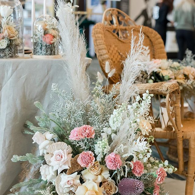 "Each show we feature 4 collaborative design tables - each created to inspire our guests for their upcoming wedding.  Our themes this year were based off the long time tradition of ""something old, something new, something borrowed, and something blue"". We love to see what our talented vendors come up with each year!  Here is the Something Old table.  We love the vintage influence while still feeling modern.  Absolutely stunning!  Florist and lead designer: @daffodilparker  Stationery: @thecraftypeach  Dinnerware/linens/rentals:  @eventessentialsmadison  Cake: @creativeconfectionsbyalicia  Rentals: @alacraterentals"