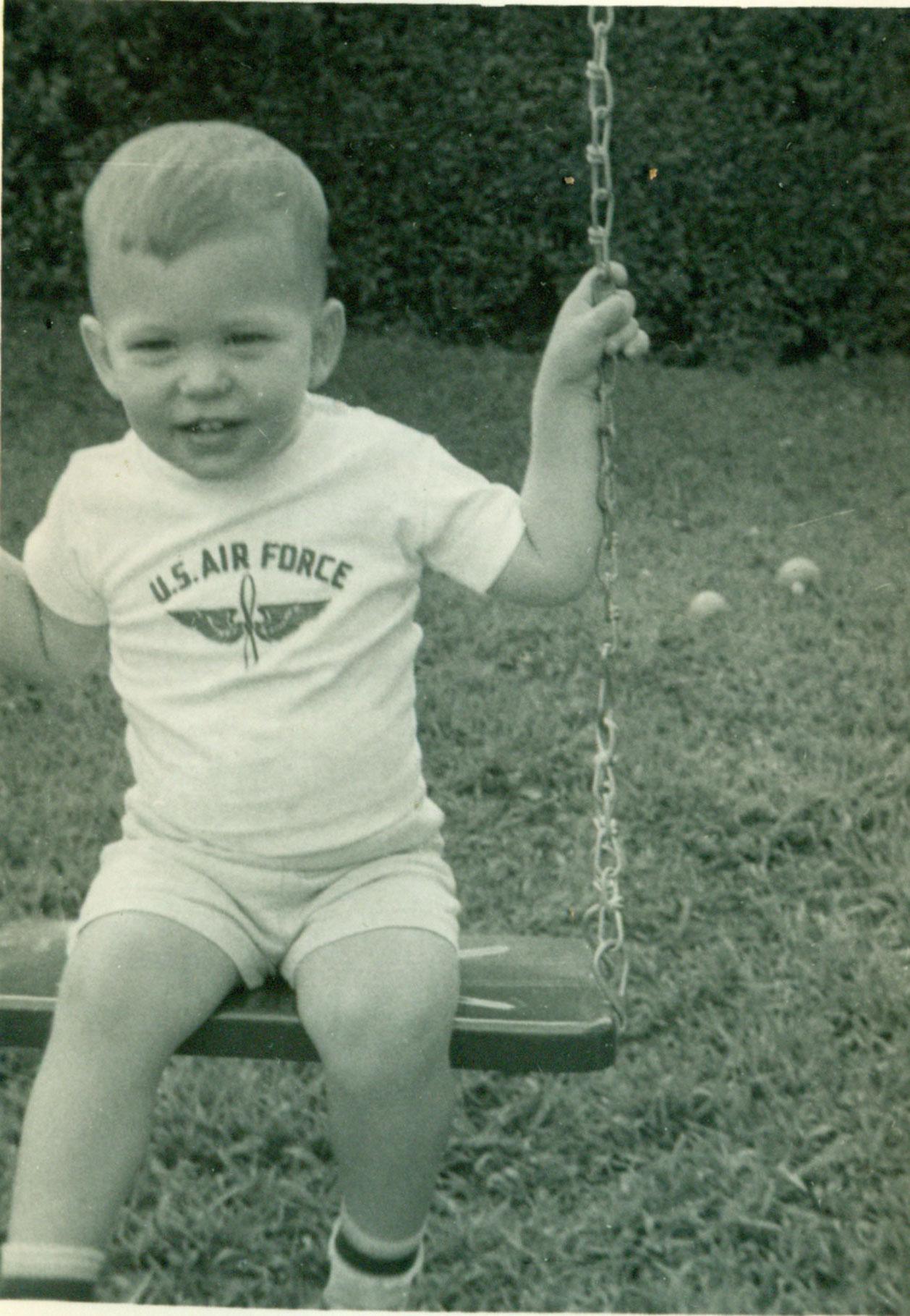Tom-Baby-4.jpg