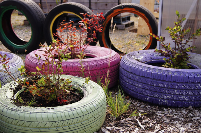 recycle-tire-designrulz-6.jpg