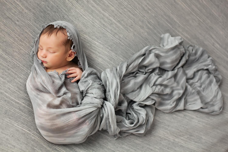 newborn-grey-art-los-angeles.jpg