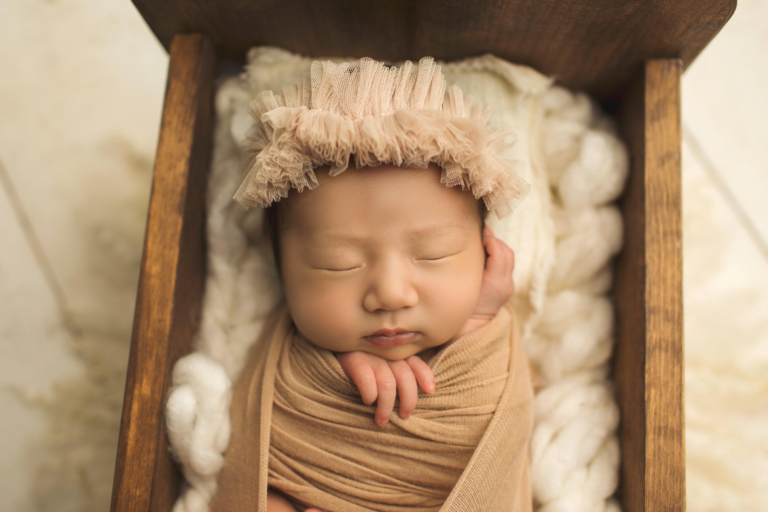 Aima-Newborn-2018-12.jpg